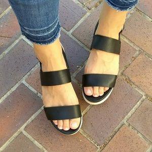 Steve Madden Krista Black Leather Flatform Sandal